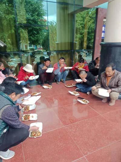 云南姚安县一民生建设项目拖欠农民工工资140多万元遭质疑